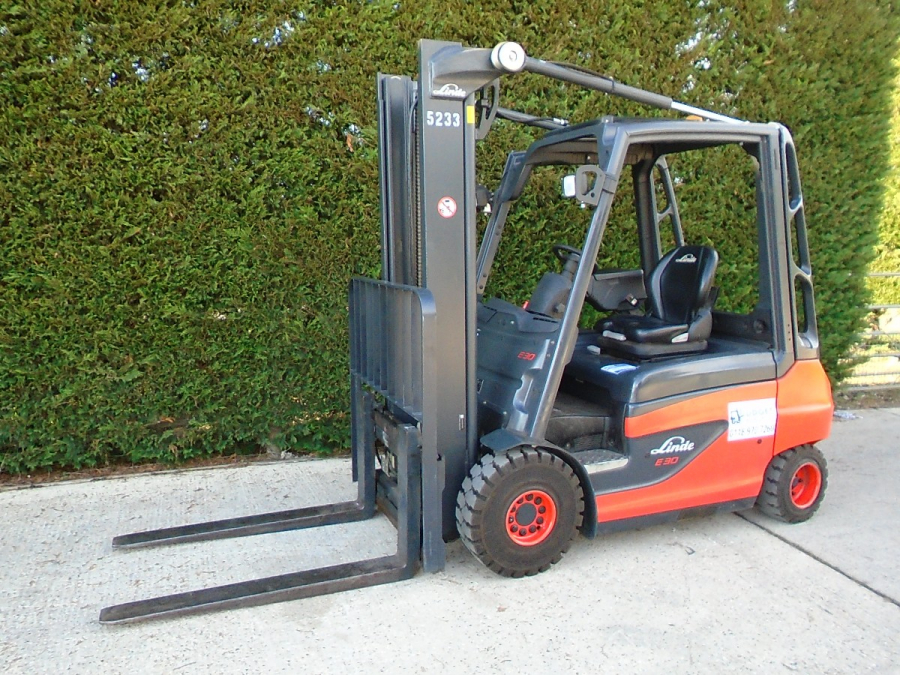 Linde E30 very low hours